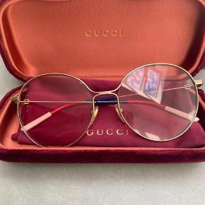 Solbriller fra Gucci. Købt i Rom august 2019, brugt 2 gange. Fejlkøb.   Kvittering medfølger.