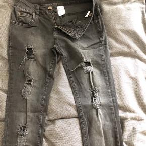 Lækkre jeans med huller og slid fra hound! Str XL! Xtra slim