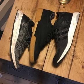 3 forskellige par sko. God stand kom med bud