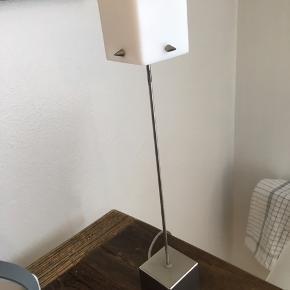 Lille fin bordlampe