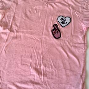 The New t-shirt, passer 10/11 år
