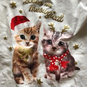 Sød juletrøje, brugt 2 gange   Sender ikke ☺️