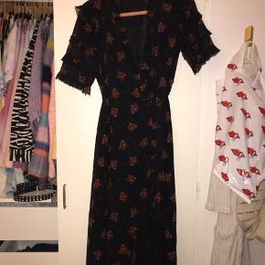 Utrolig smuk kjole fra Zara, brugt 2 gange