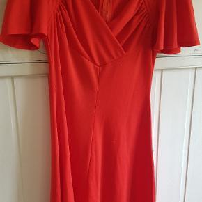 Fedeste vintage kjole. Svarer til str s/m. Pris er pp og evt gebyrer