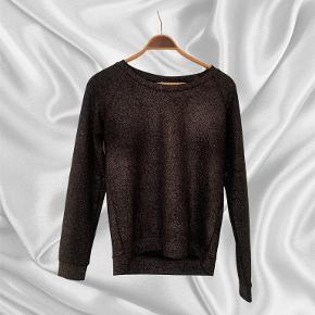 10 Feet sweater