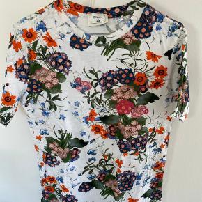 Erdem X H&M t-shirt