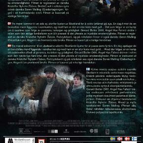 0568  The Vanishing - Gerard Butler - 2018 - DVD  Dansk Tekst - I FOLIE    The Disappearance Of The Flannan Isle Keepers  Baseret på virkelige hændelser.  Tre mænd ankommer til en ubeboet ø udenfor Skotlands kyster for at passe øens fyrtårn. En dag opdager de en bevidstløs mand liggende i vandkanten og med ham er en stor kiste med guld...Hvad der følger, er en kamp om overlevelse affødt af paranoia, isolation og grådighed.  Gerard Butler skinner i rollen som den hæderlige familiefar, der presses til det yderste af mystiske omstændigheder.   Filmen er instrueret af danske Kristoffer Nyholm ( Taboo, Forbrydelsen) og på rollelisten ses også danske Søren Malling i en prominent birolle.