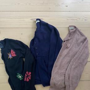 Stella McCartney cardigan i blød uld blanding Scotch cardigan str 10 år Poppy Rose uld cardigan str 8 med et lille udtræk