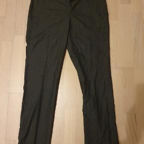 Charcoal / mørkegrå suit pants / formelle bukser i medium W31/30