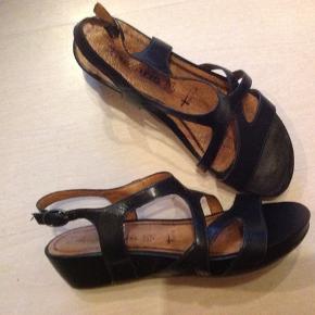Lækre velholdte sandaler