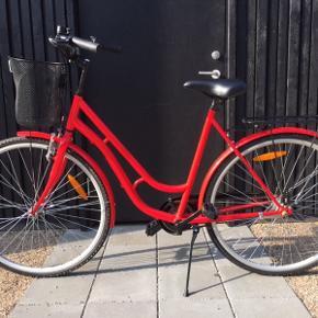 """Puch Bellavista 28"""". Fejlkøb og derfor sælges cyklen. Kan enten afhentes i Kbh eller Nivå."""