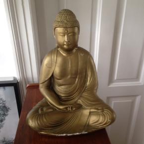 Fin Buddha i keramik med få brugsspor.  H 32 cm.