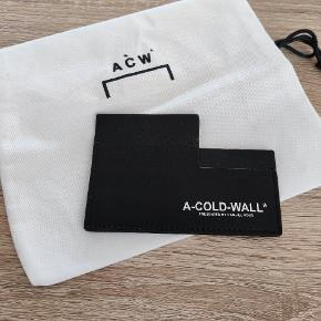 A cold wall pung