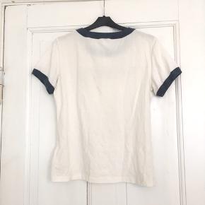Wrangler T-shirt i str M   50% cotton 50% polyester   19-T