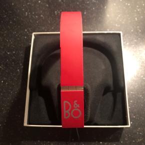 B&o headset. Som nyt. Sender gerne med DAO.