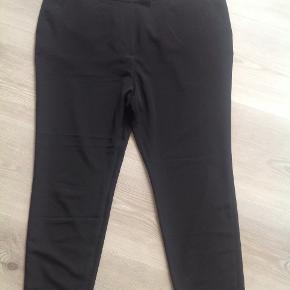 Lækre sorte bukser. Klassiske.