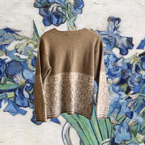 Marc Lauge sweater