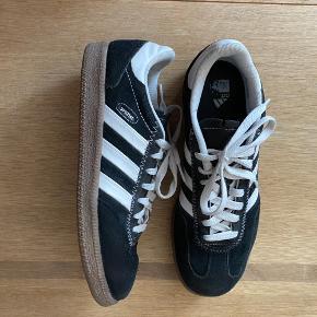 Adidas sko & støvler