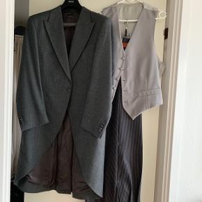 Pronuptia Monsiur jaket i grå.  Kun brugt til bryllup Befinder sig i Odense SØ