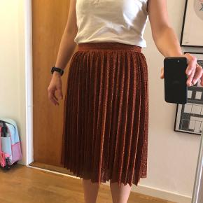 Sofie Schnoor nederdel