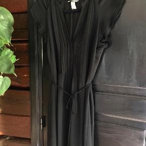 Kjole fra H&M, aldrig brugt