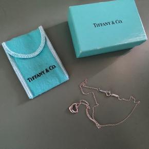 Tiffany&Co. Halskettchen. Nie getragen.Immer im Schrank. Selbstverständlich ein Original. Versand  +9.- (Preis Fix!)