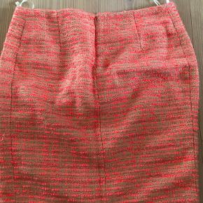 Rigtig fin foret MB nederdel med lommer.