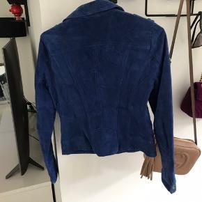 Skindjakke i blå fra vero moda, aldrig brugt