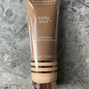 Vita Liberata makeup