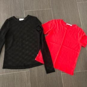 Brand: NA-KD  Smart Net Trøje + rød NA-KD t- shirt Størrelse: Xsmall  Oprindelig købspris: 229 + 119 kr.  Super udsalg.... Jeg har ryddet ud i klædeskabet og fundet en masse flotte ting som sælges billigt, finder du flere ting, giver jeg gerne et godt tilbud..............  * Super flot  sort net top trøje -   desværre købt for lille . * Rød T - Shirt brugt 2 gange ..