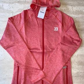 Better bodies hoodie str medium i farven Raspberry  melange sælges  Ny med tags  Nypris 800,-  Har for meget kluns, så sælger lidt ud af klædeskabet 😊