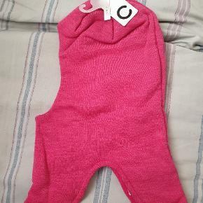 Helt ny, stadig med tags. 100% uld, str 54 cm, Cubus wool balaclava i pink