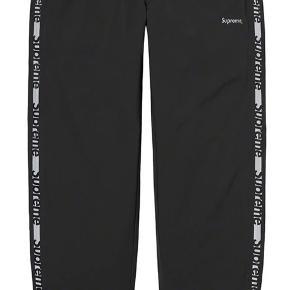 Supreme bukser