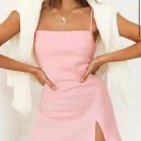 Verge girl kjole
