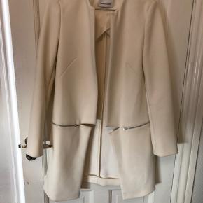 Hvid blazer/jakke i tyk kvalitet fra Samsøe Samsøe