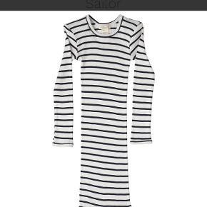 Minimalisma kjole
