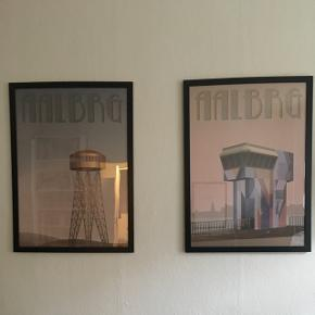 2 Vissevasse Aalborg plakater inkl. ikearammer. Str. 40*70. Prisen er for begge :-) Kan afhentes i Aalborg Vestby.