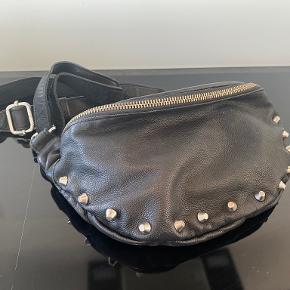 Unlimit bæltetaske