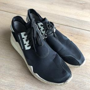 Y3 sko