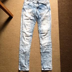 Jeans i størrelse S/M