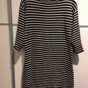 Mads Nørgaard kjole eller nederdel