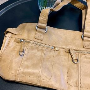 Helt ny lysebrun / beige taske fra Marc O'Polo 💛