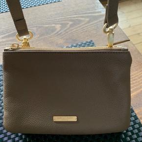 Rigtig fin lille taske