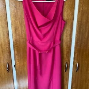 Fever London kjole