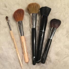 Forskellige makeup børster Byd Mp 150kr