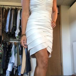 Swing kjole
