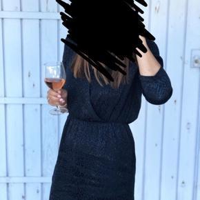 Modström kjole. Brugt 1 gang. Nypris 700 kr