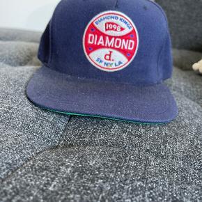 Diamond Supply kasket