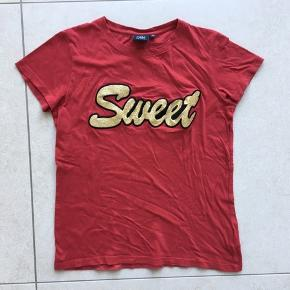 Den søde og lækre bløde t-shirt str 10 år.