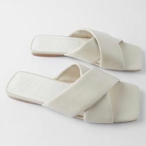 Super fine sandaler fra Zara. Er kun brugt en enkelt gang da jeg blev student, men de er desværre lidt for store til mig. Kom med et bud :)